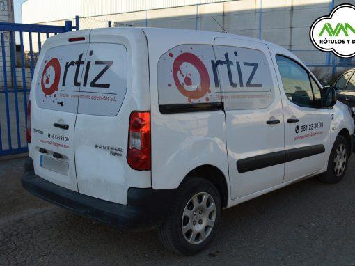 Rotulación vehículo – Vinilo microperforado – Ortíz